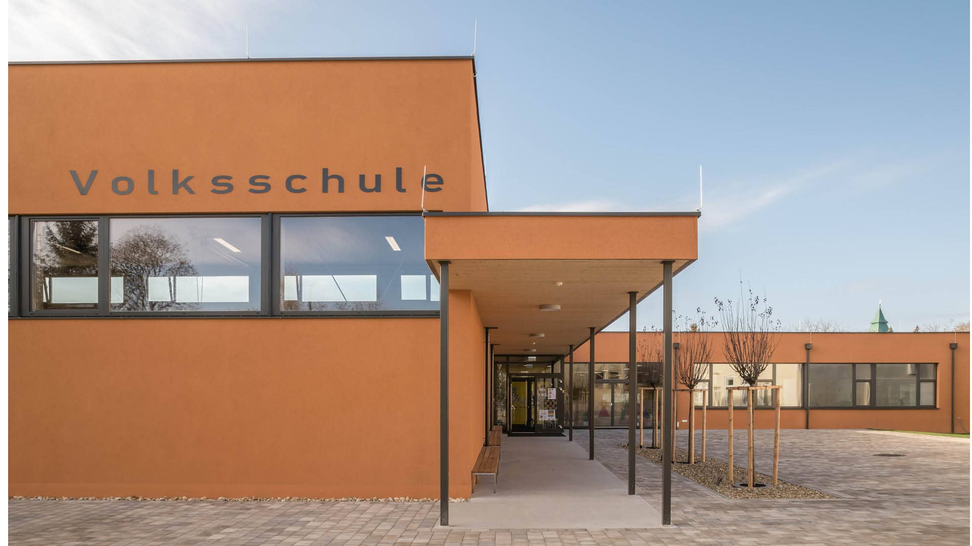 Lernen in schönster Umgebung: Die Volksschule Götzendorf