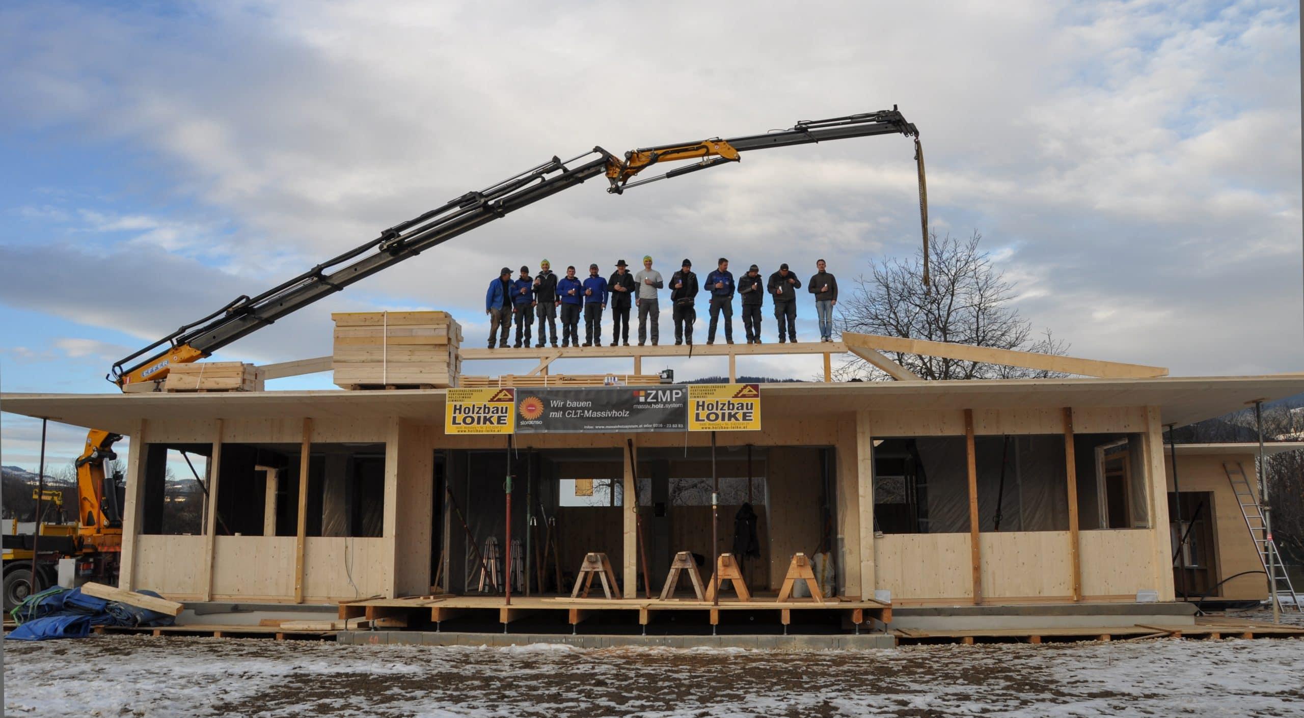 DAs erfolgreiche Mitarbeiterteam von Holzbau Loike